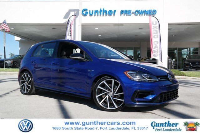 Pre-Owned 2018 Volkswagen Golf R 2.0T w/DCC & Navigation