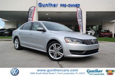 Certified Pre-Owned 2014 Volkswagen Passat 2.0L TDI SE w/Sunroof