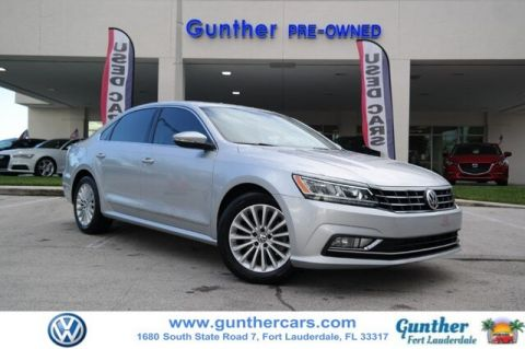 Certified Pre-Owned 2016 Volkswagen Passat 1.8T SE w/Technology