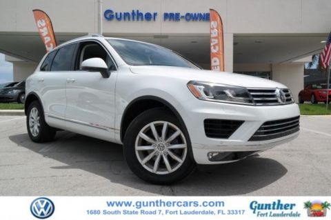 Certified Pre-Owned 2017 Volkswagen Touareg V6 Sport w/Technology